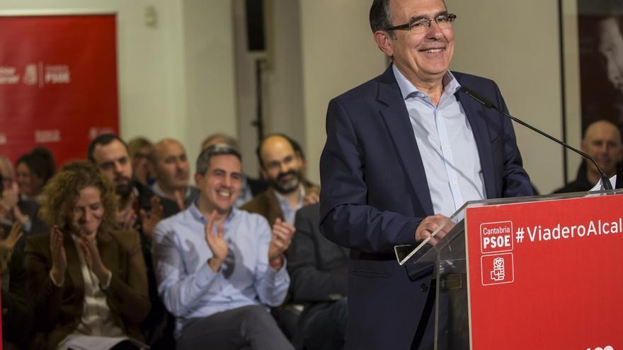 """Cruz Viadero presenta una lista que combina """"renovación y experiencia y preparada para gobernar"""""""