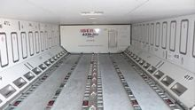 Interior de la bodega trasera de un avión de Iberia. Foto: Iberia.