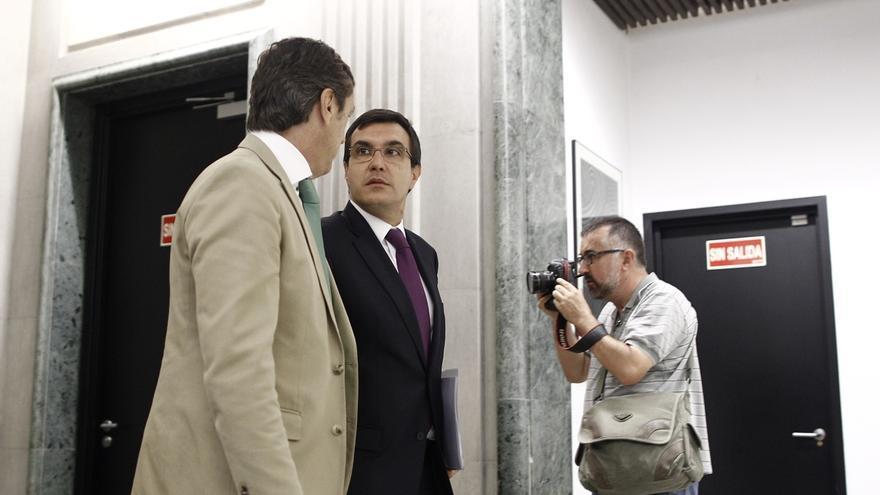 """Ayllón cree que se ha adoptado """"una solución muy razonable"""" con Ruz, que """"va a seguir investigando"""" sus causas"""