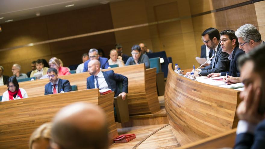 Imatge del ple de la Diputació de València