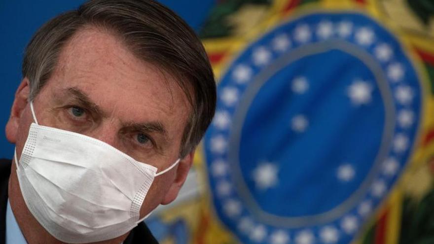 Las mascarillas de Bolsonaro, ¿marketing político o medida de prevención?