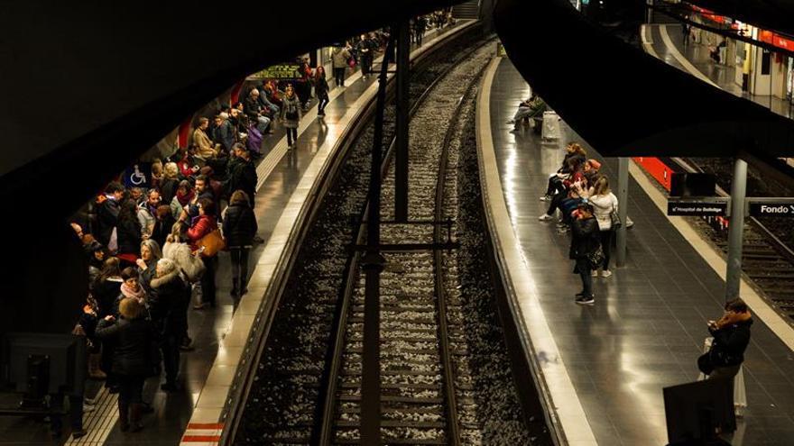 Detenidas dos personas por una agresión homófoba en el metro de Barcelona