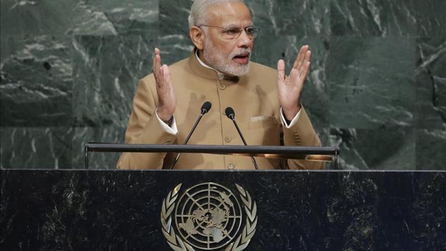 Modi se lanza a reescribir la historia india sin la dinastía Nehru-Gandhi