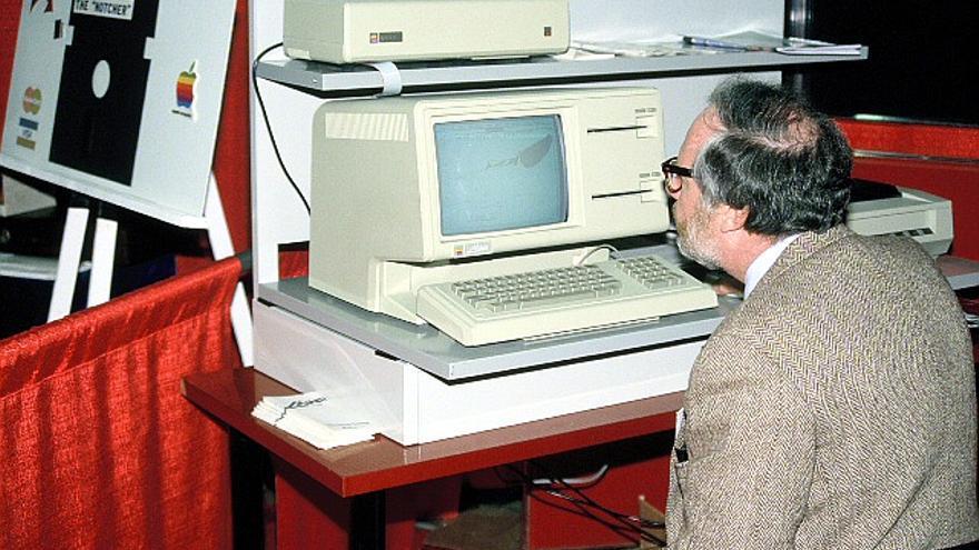 Un Apple Lisa, un innovador ordenador que acabó siendo un fracaso