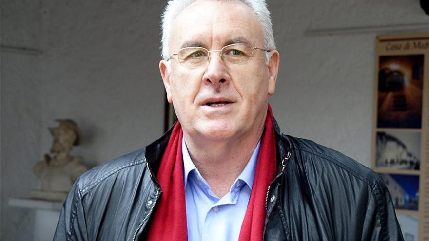 El coordinador de Izquierda Unida, Cayo Lara. EFE