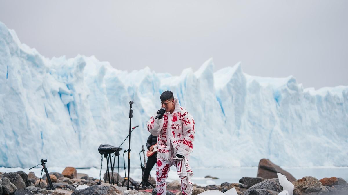 Duki desde el Glaciar Perito Moreno