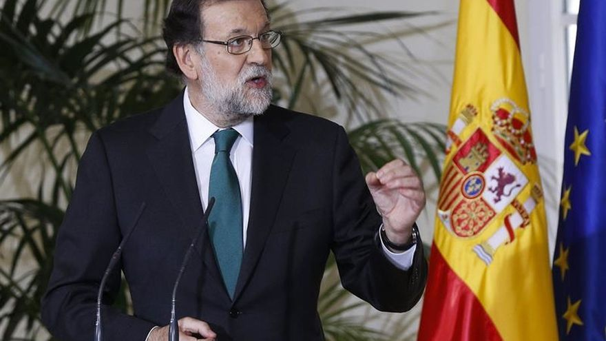 Rajoy reclama concordia y diálogo frente a quien quiere dividir y enfrentar