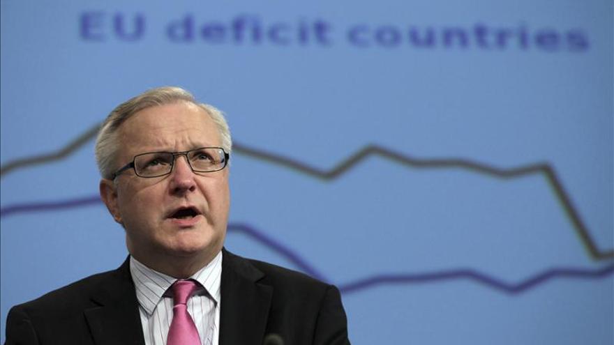 """El comisario Rehn se muestra """"muy preocupado"""" por la subida del paro, en especial juvenil"""