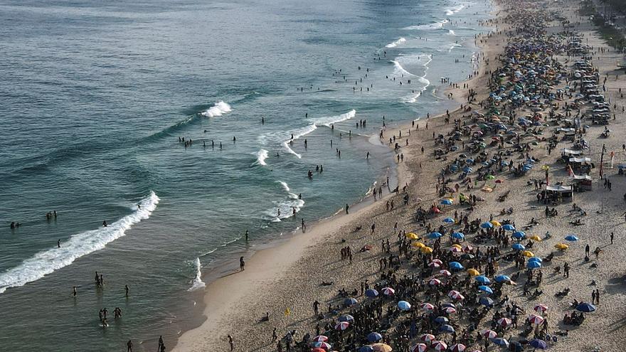 Pérdidas del turismo brasileño ya suman 73.000 millones de dólares por covid