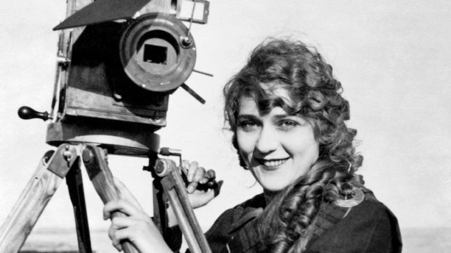 La primera directora de cine, Alice Guy, y Charles Chaplin, protagonistas del campamento infantil de La Térmica