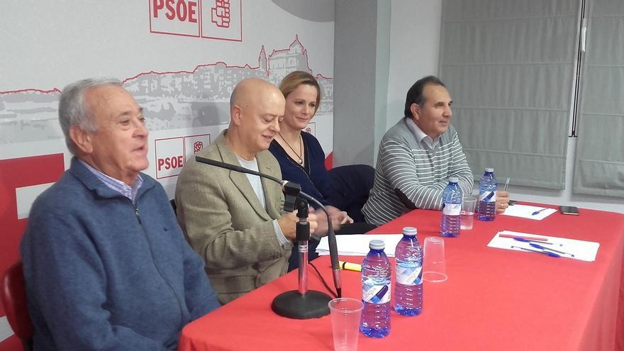"""Odón Elorza cree que """"a finales de enero debería haber Primarias en el PSOE"""""""
