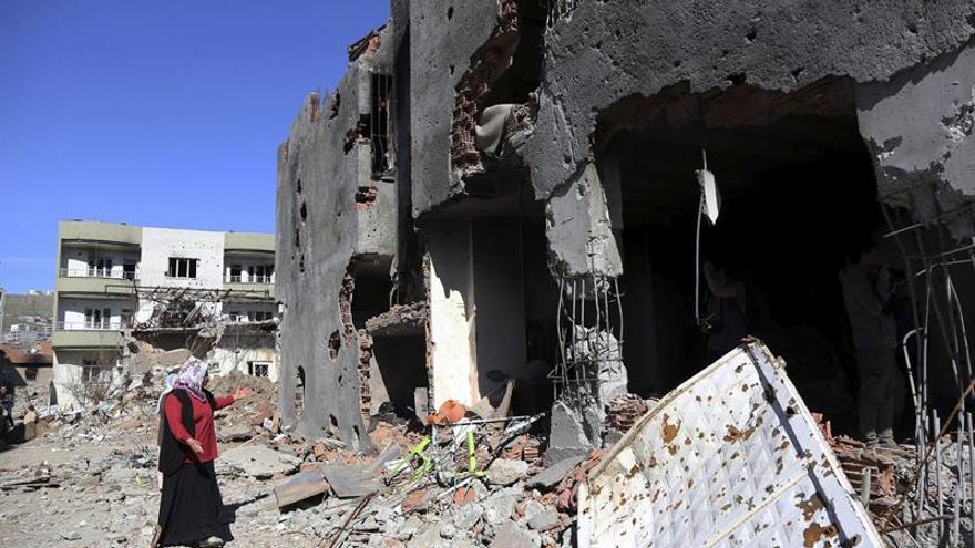 Al menos dos guerrilleros kurdos muertos en un ataque aéreo del Ejército turco
