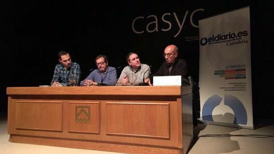 Rubén Vivar, Ángel Colina, Javier Cotera y Paco Llata en el debate sobre fotoperiodismo | JAVO DÍAZ VILLÁN