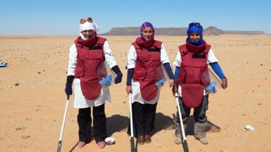 Iaughiha junto a sus dos compañeras durante una misión de trabajo a principios de este año / Fotografía: AOAV