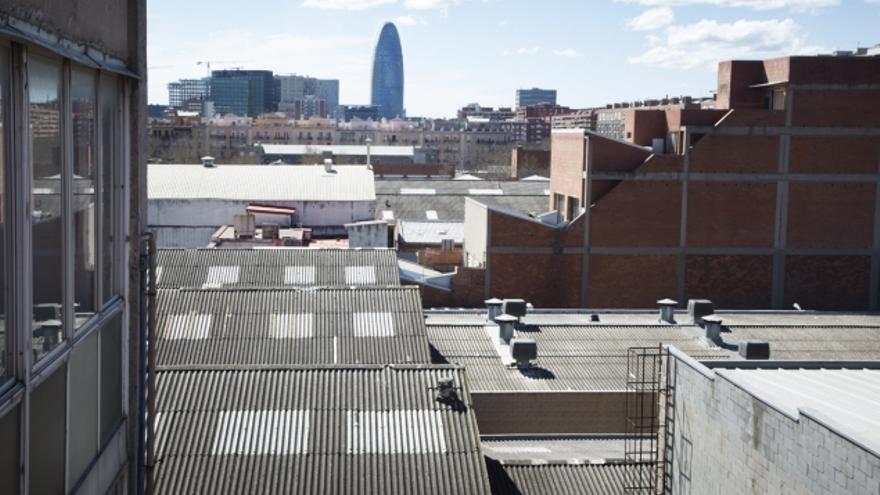 Muchos habitantes de las ciudades desconoce que convive con el amianto