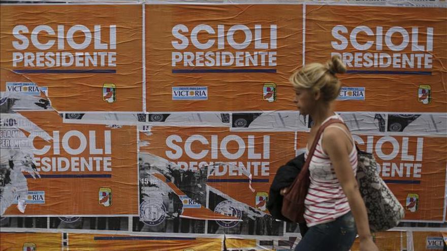 Los colegios electores argentinos abren para una  inédita segunda vuelta presidencial