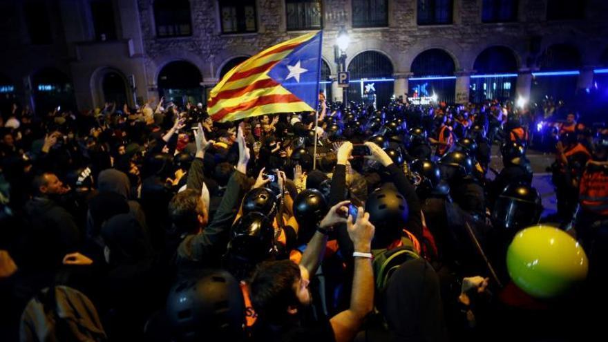 Los disturbios vuelven al centro de Barcelona tras una semana de calma