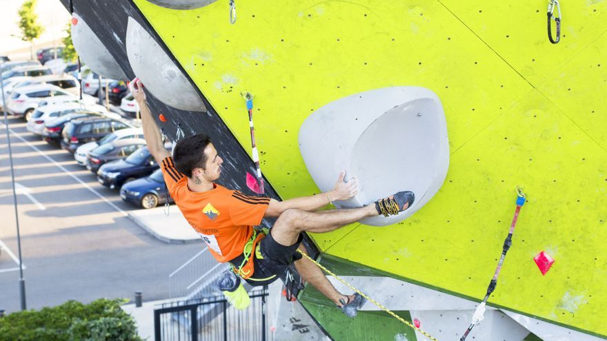 Javier Cano durante la final del Campeonato de España de Escalada Dificultad.