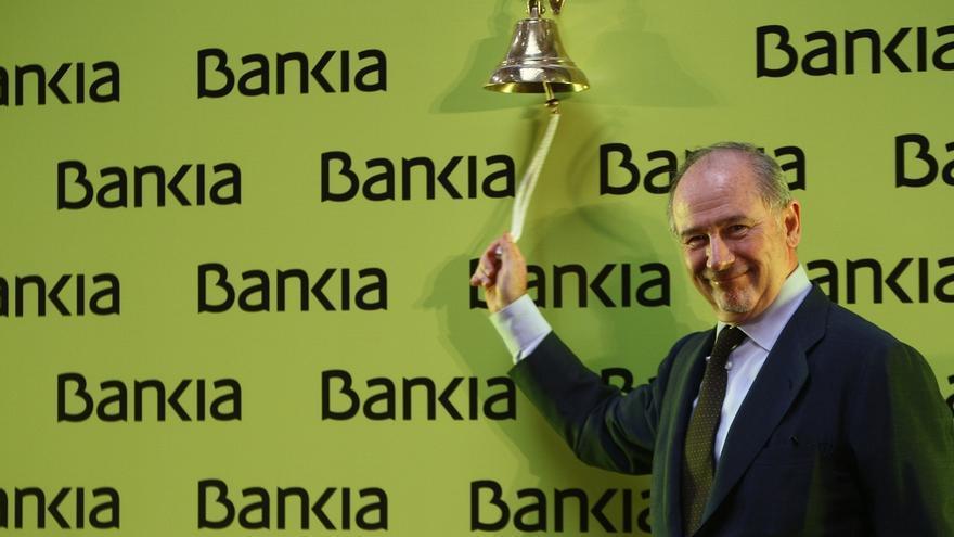 Rodrigo Rato toca la campana en la salida a Bolsa de Bankia.