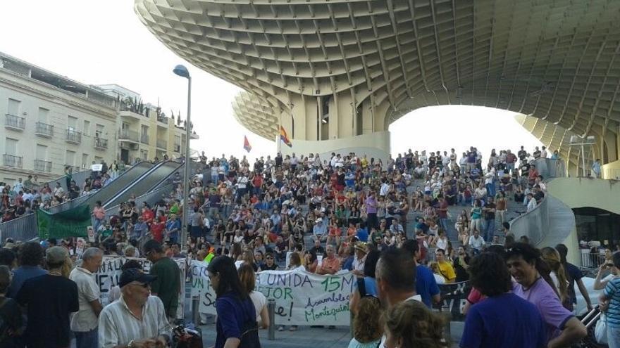 Miles de personas salen a la calle en Sevilla, Málaga y Jaén en el segundo aniversario del 15-M
