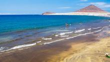 El Ayuntamiento de Granadilla reabre la playa de El Médano tras dos días de cierre por contaminación