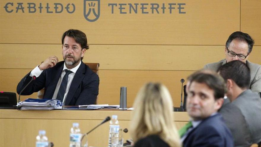 El presidente del Cabildo de Tenerife, Carlos Alonso.