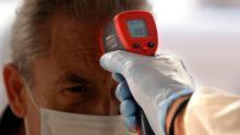 Rayos ultravioleta o máquinas de ozono: el miedo al coronavirus da alas a métodos y productos sin respaldo científico
