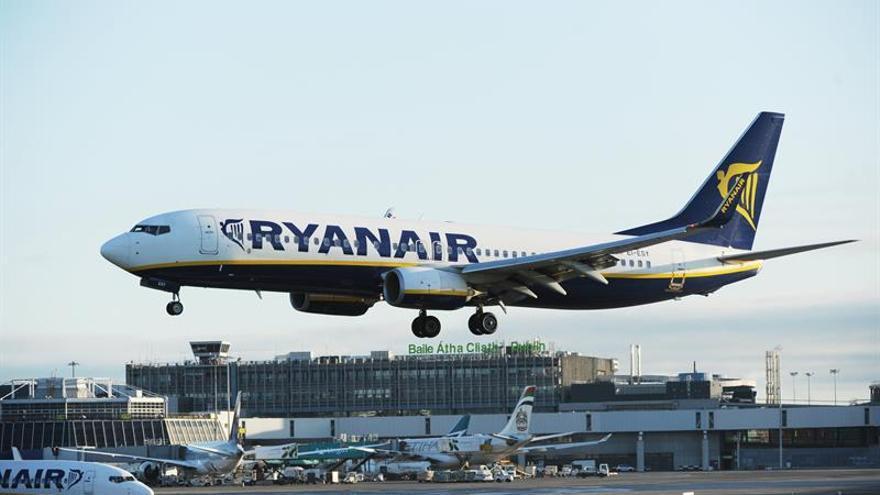 Ryanair reconocerá a los sindicatos de pilotos para evitar huelgas
