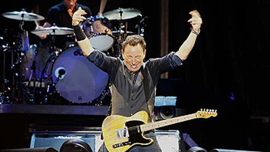 Bruce Springsteen en un momento de la actuación en Gran Canaria. (ACFI PRESS)