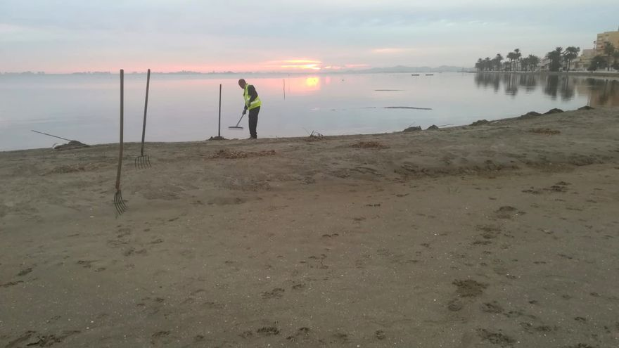 Limpieza de espacios costeros