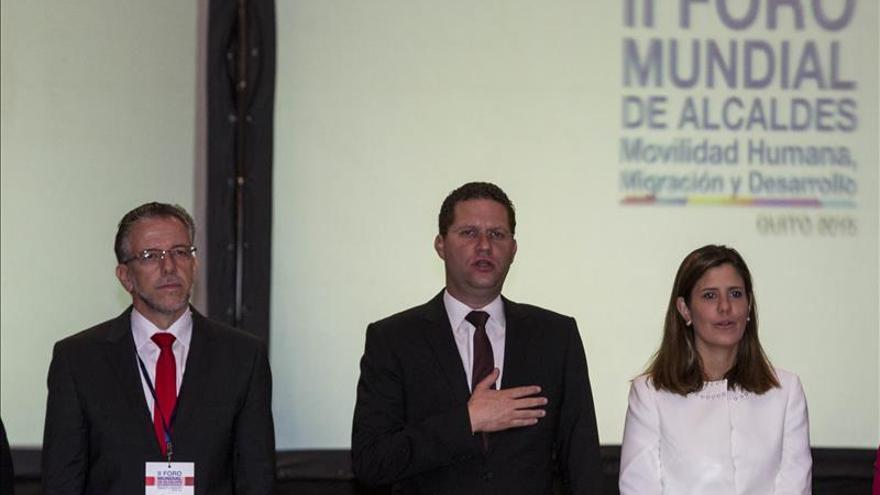 Alcaldes del mundo tratan en Quito políticas en favor de los inmigrantes