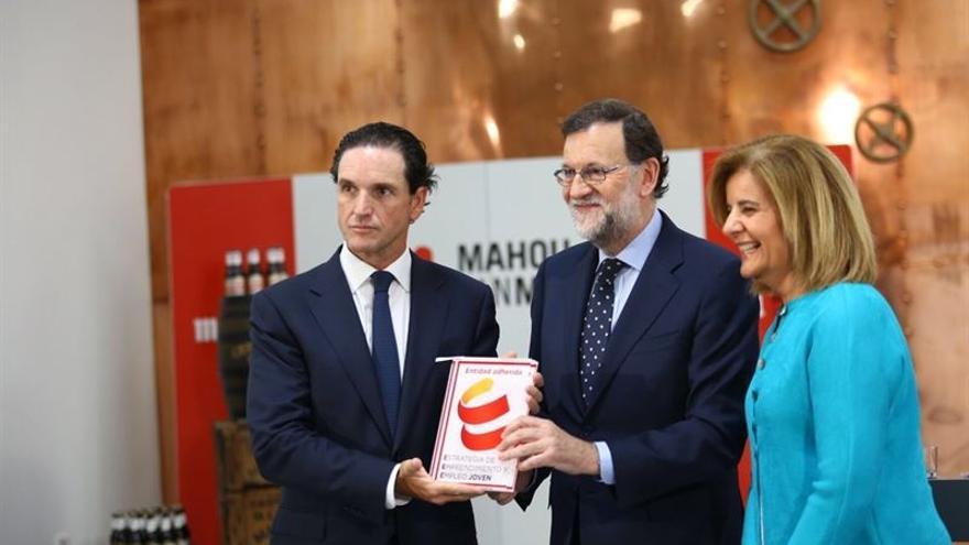 Mariano Rajoy en la fábrica Mahou-San Miguel de Alovera (Guadalajara)