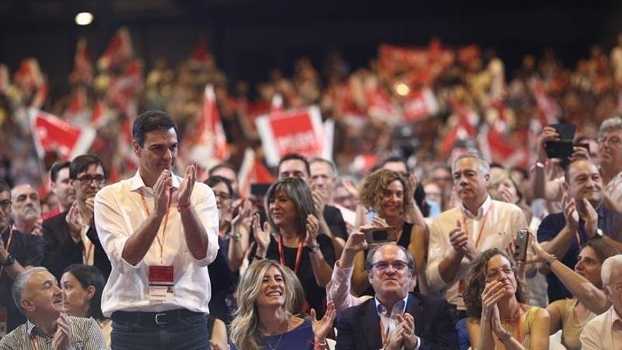 Pedro Sánchez y Corbyn acudirán a la cumbre de los socialistas europeos este jueves en Bruselas