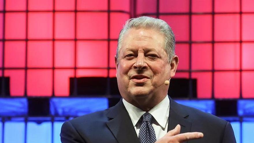"""Al Gore """"recluta"""" a miles de personas contra el cambio climático en Web Summit"""