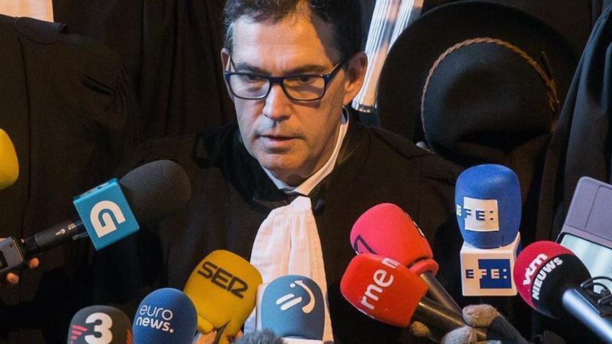 El abogado de Puigdemont: si va a Dinamarca el riesgo detención es bastante alto