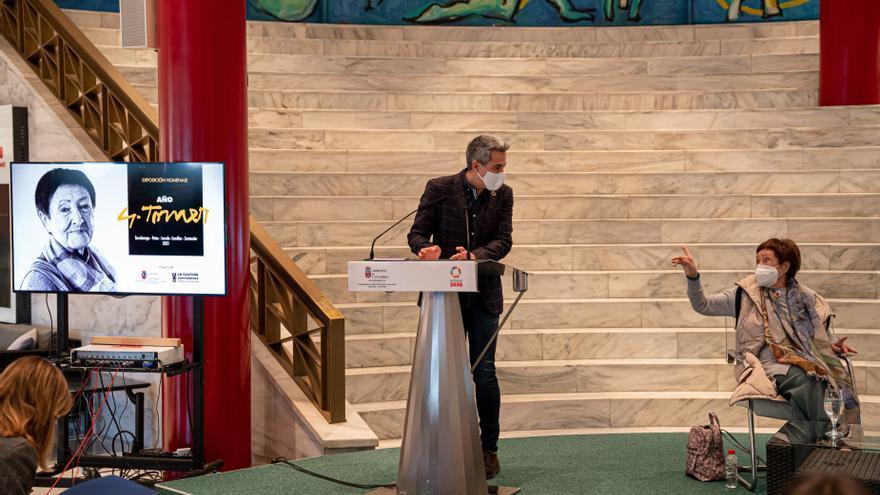 El vicepresidente y consejero de Cultura presenta '2021. Año Cultural. Gloria Torner'.