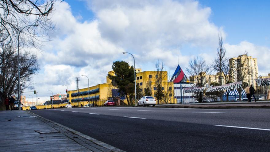 D a 60 las tres puertas de salida de los cie - Oficina de extranjeria avenida de los poblados ...