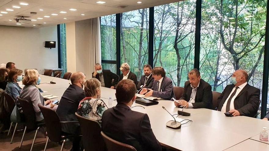 Reunión del expte. Carles Puigdemont con diputados y senadores en la Asamblea Nacional francesa