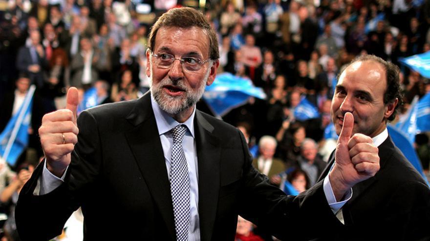 Mariano Rajoy e Ignacio Diego en un acto de campaña en Santander.   PP CANTABRIA