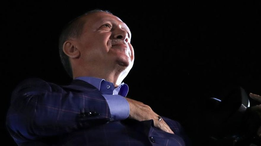 La OSCE dice que el referéndum turco no cumplió con los estándares democráticos