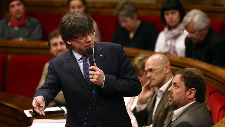 """Puigdemont prevé """"reformular"""" la ley de pobreza sin """"calcar"""" la ya suspendida"""