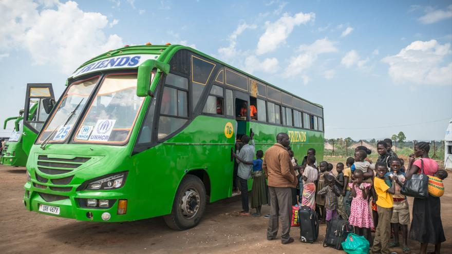 En la segunda mitad de 2016, casi 600.000 refugiados de Sudán del Sur llegaron a Uganda en busca de protección. Los primeros refugiados huyeron después de los enfrentamientos que estallaron en Juba en julio entre el Ejército de Sudán del Sur (SPLA) y el Ejército Rebelde de Sudán del Sur (SPLA-IO). Fotografía: Yann Libessart/MSF