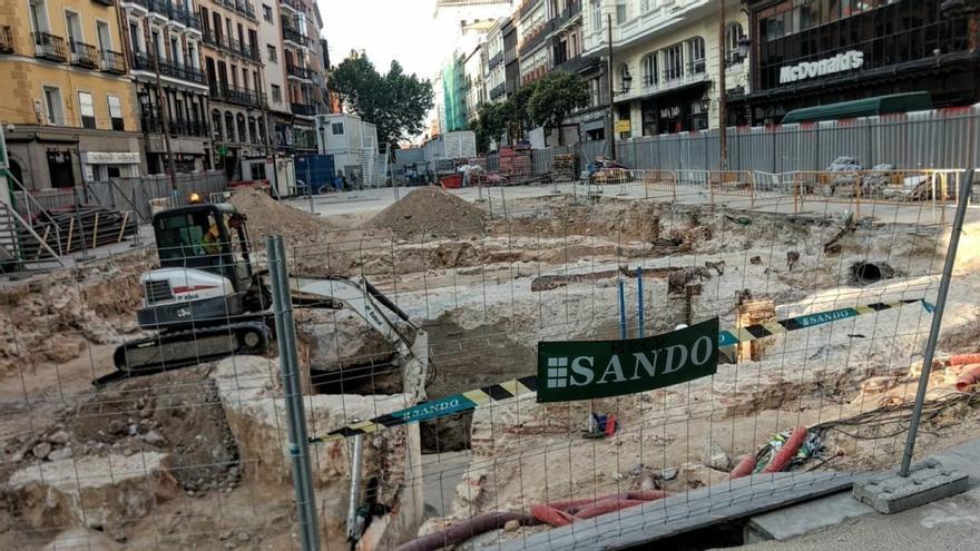 Obras en la intersección de la calle Montera y Gran Vía. / Somos Malasaña