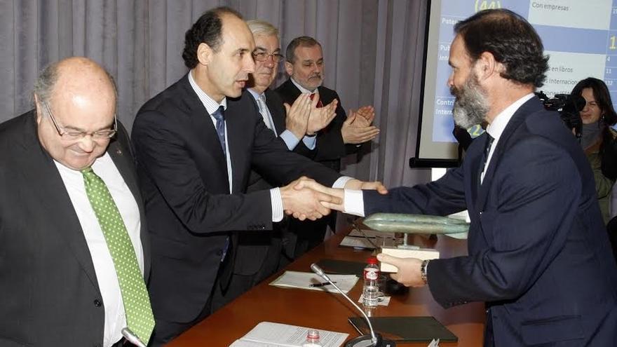 UC y Gobierno de Cantabria reclaman mayor colaboración de las empresas en ciencia e investigación