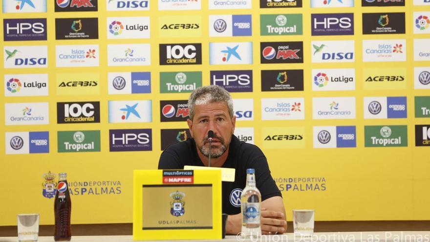 El entrenador de la UD Las Palmas Manolo Márquez