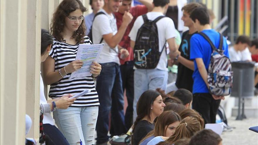 El nuevo Bachillerato reducirá las horas equivalentes a 2.530 profesores