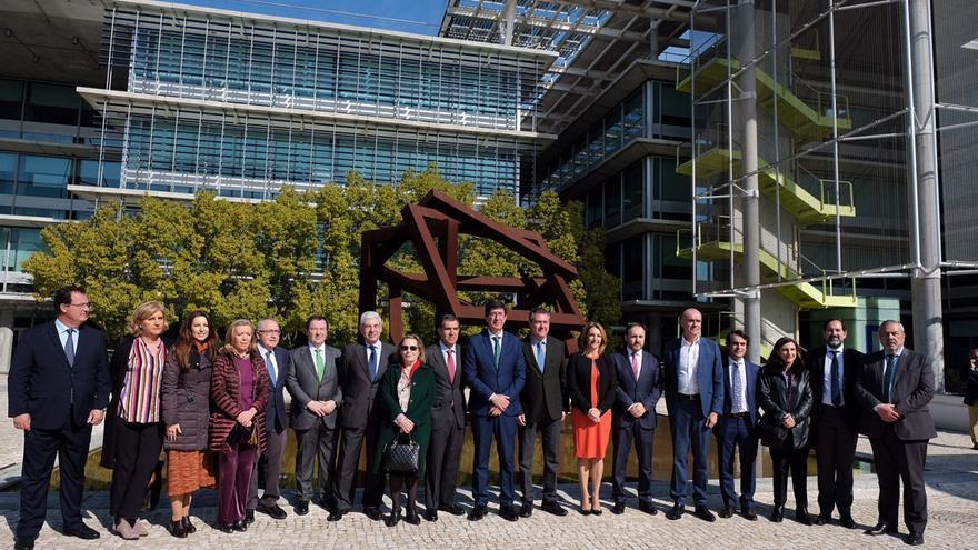 Visita a Palmas Altas como futura sede de la nueva Ciudad de la Justicia acompañados de representantes del poder judicial