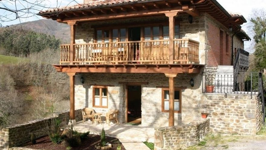 Las pernoctaciones extrahoteleras suben un 6,4% en noviembre en Cantabria