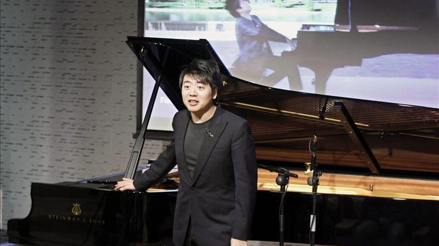 El pianista chino Lang Lang ofrece un recital de piano en Bilbao
