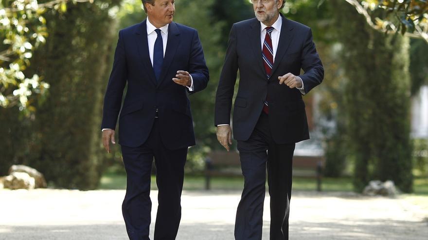 Rajoy y Cameron coinciden en la necesidad de seguir trabajando para un acuerdo en la cumbre europea